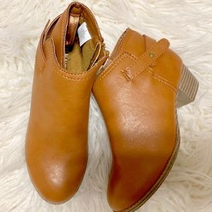 Girls Old Navy Cognac Boots